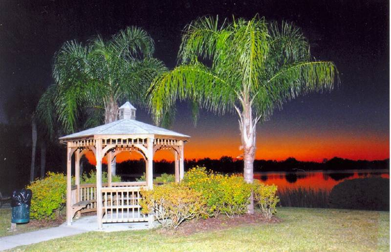 Umatilla, Florida: Steve and Jerrod Hall Memorial Gazebo