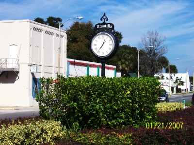 Umatilla, Florida: Central Avenue Scene